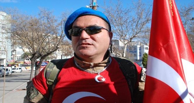 Çanakkale şehitleri ve Afrin'de görev yapan askerler için yürüyor