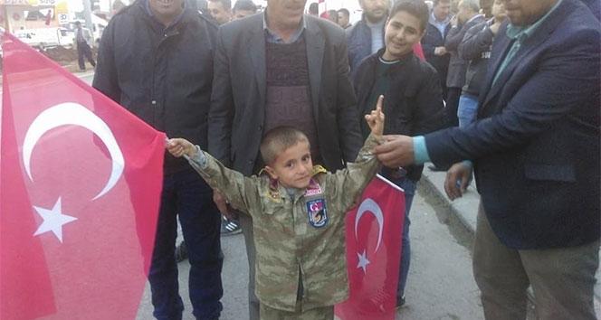 Afrine giden jandarma komandoya ailesinden sürpriz