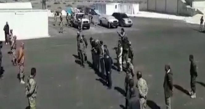 ÖSO askerleri Afrin yolunda