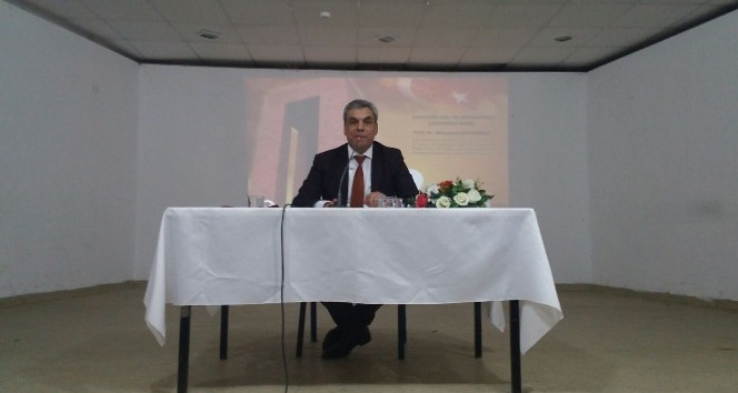 """Prof. Dr. Kocaoğlu: """"On Beşli ağıtımızla düğünlerde maalesef duyarsız bir şekilde eğleniyoruz"""""""