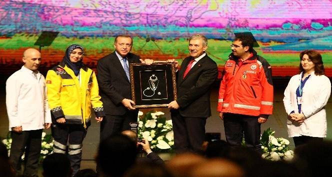 """Cumhurbaşkanı Erdoğan: """"Bizim için teröristin konumu neyse bunların konumu da o"""""""