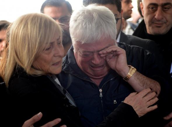 Baba Hüseyin Başaran gözyaşlarına boğuldu