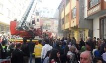 İstanbulda korkutan yangın: 11 kişi mahsur kaldı