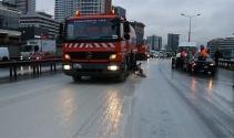 Yola dökülen çamur kazaya neden oldu