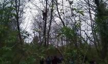 Abhazya'daki patlamada 50 metre yüksekte asılı kaldı