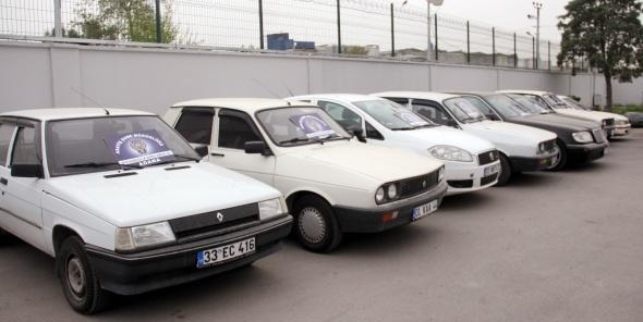 16 yıl önce İstanbul'da çalınan otomobil Adana'da bulundu
