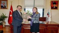 Yalova Üniversitesi Rektörü Cebeci görevine başladı