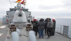 Savaş gemisine yoğun ilgi