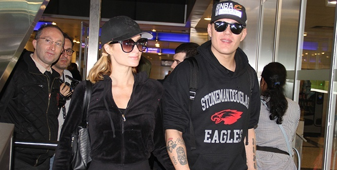 Paris Hilton İstanbul'dan geçti