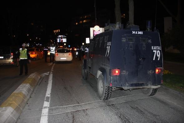 Gece yarısı asayiş operasyonu: Onlarca kişi gözaltına alındı