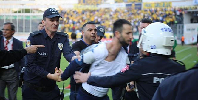 Denizlispor ile MKE Ankaragücü maçında protokol tribünü karıştı
