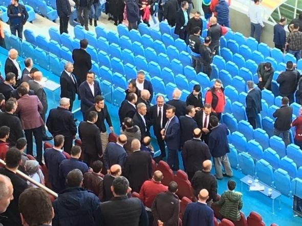Süper Lig'de şok! Başkan görevinden ayrıldı!