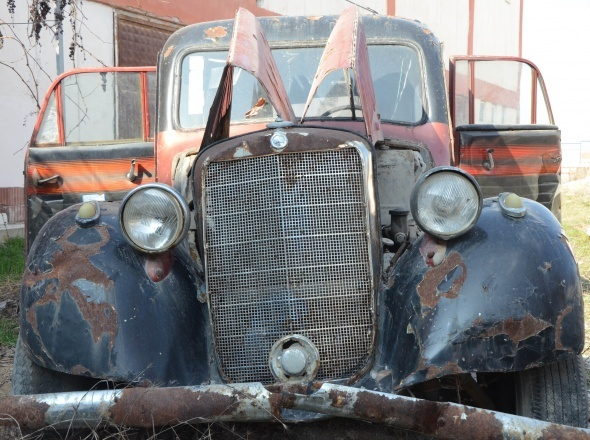 Bu ambulans tam 1949 model!