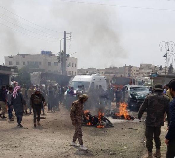Azez'de bomba yüklü araç patlatıldı