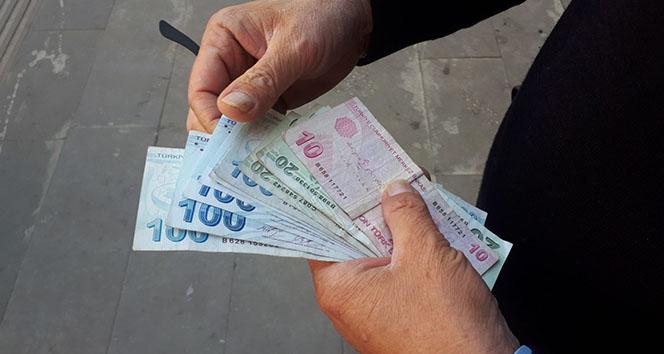 112 görevlisi ATMde unutulan parayı polise teslim etti