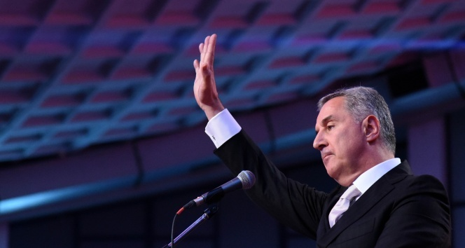 Karadağ Cumhurbaşkanlık seçimlerini Milo Djukanovic kazandı