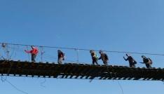 Karstaki Asma Köprüye dağcılardan yoğun ilgi