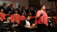 Evrensel müzik topluluğu, Edirneliler için söyledi