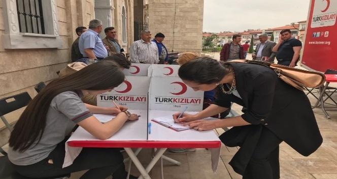 Öğrencilerden kan bağışına büyük ilgi
