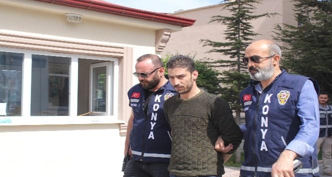 3 kayınbiraderinden 2'sini yaralayan ve 1'ini öldüren zanlı ve 2 kardeşi adliyeye sevk edildi