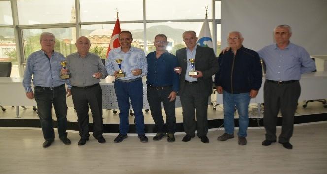 Söke Gençlik Spor Tavla Turnuvası'nın ödülleri verildi