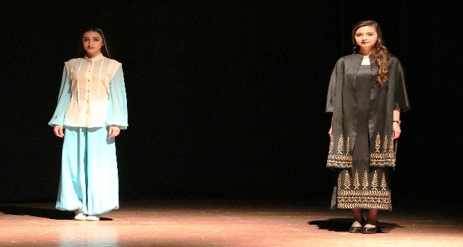 Kahramanmaraş'ta yöresel kıyafetler defilesi