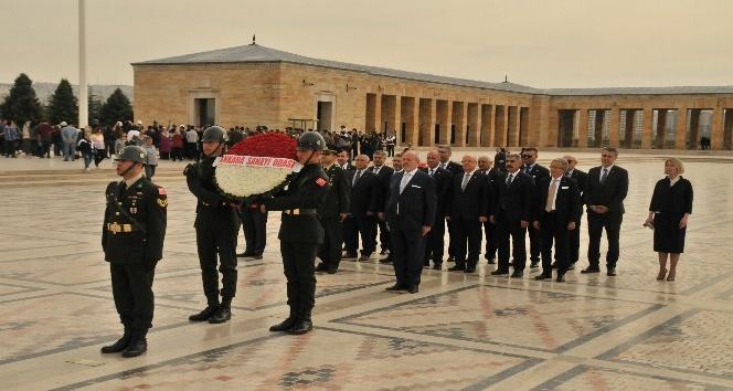 ASO'nun yeni yönetimi Anıtkabir'i ziyaret etti