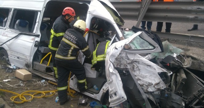 TEM'deki kazada valinin ve kaymakamların eşleri yaralandı