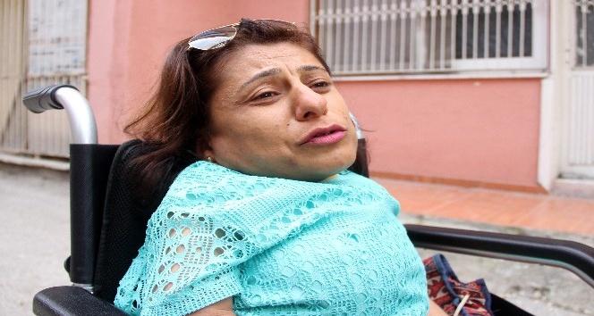 Kapkaç mağduru engelli kız: