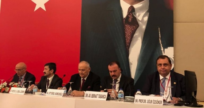 KAÜ, 21. Avrasya Ekonomik Forumu'nda KKTC'yi temsil etti