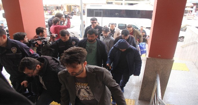 Kocaeli'de FETÖ/PDY operasyonunda yakalanan 10 kişi tutuklandı