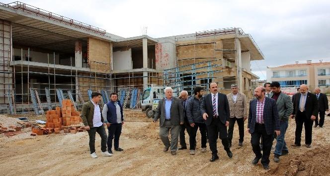 Başkan Altay, Buhara Mahalle Konağı inşaatında incelemelerde bulundu