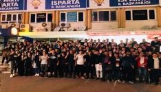 Ispartalı gençler Cumhurbaşkanı Erdoğanın grup toplantısına katıldı