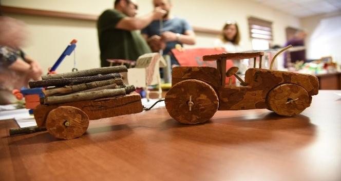 Osmaniyede oyuncak yapma yarışması
