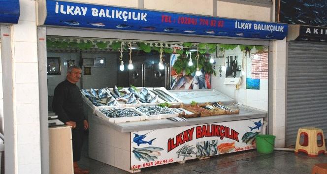 Balıktaki av yasağı balık pazarında hissedildi