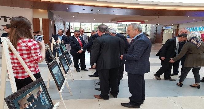 Turgut Özal'ın anısına fotoğraf sergisi açıldı