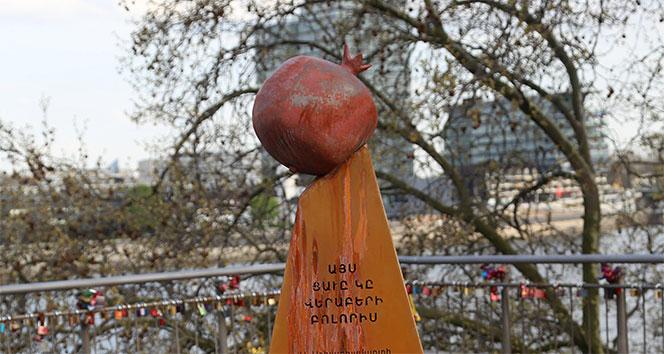 Almanya'da yasadışı sözde Ermeni soykırım anıtı