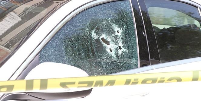 Lüks otomobilinin içinde silahlı saldırıya uğradı