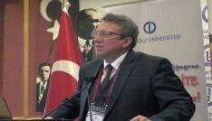 Anadolu Üniversitesi Bartında başarılı öğrencileri ödüllendirdi