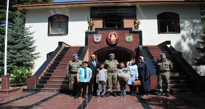 Öğrenciler Eğirdir Dağ Komando Okulunda