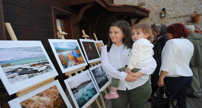 Eğirdir ve Kovadada Sonbahar - Kış Fotoğraf Yarışmasında dereceye girenler için ödül töreni