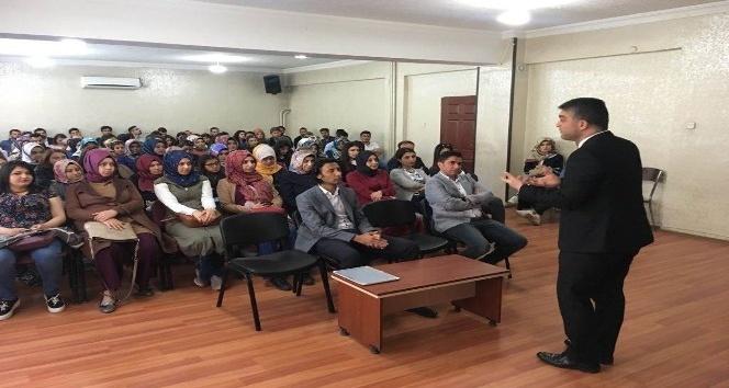 Sasonda sözleşmeli öğretmenlere seminer verildi