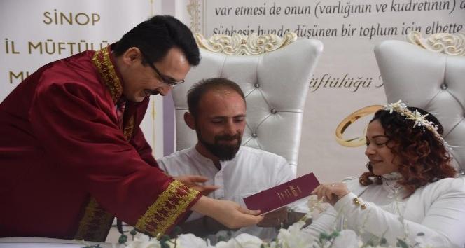 Sinopta müftü ilk kez nikah kıydı