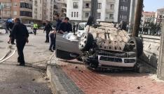 Polisten kaçan sürücü araçla takla attı