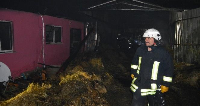 Burdurda ev ve samanlık yandı