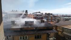 Sivasta çatı yangını korkuttu