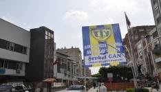 Başkan Can, ilçeyi Tarsus İdman Yurdu bayraklarıyla donattı