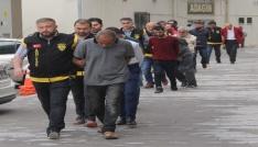 Adanada sözleşmeli fuhşu polis bozguna uğrattı