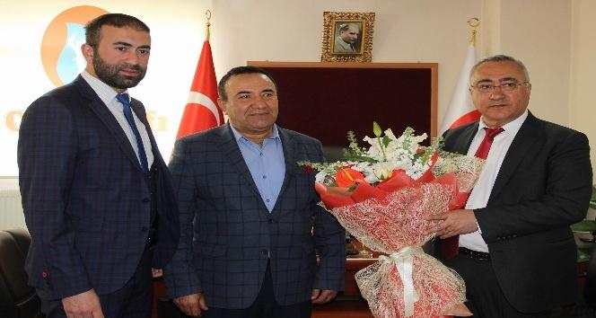 Cem Vakfı Sivas Şube Başkanlığında devir teslim töreni