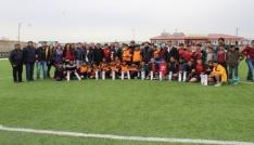 Çaldıranda Ortaokullar Arası Futbol Turnuvası sona erdi